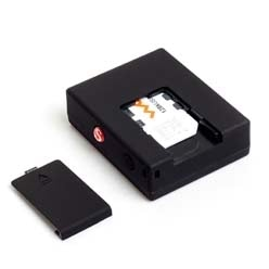 RF-V9 Real Time Auto Car GPS Tracker GSM Quad Band & Alarm with Voice Sensor / Vibration Sensor / SOS for Vehicle Kids Pe